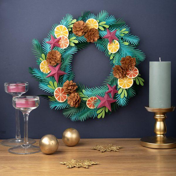 DIY Christmas paper wreath
