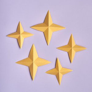 Four-pointed 3D paper star