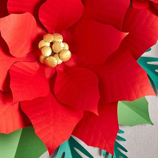 Paper poinsettia flower DIY